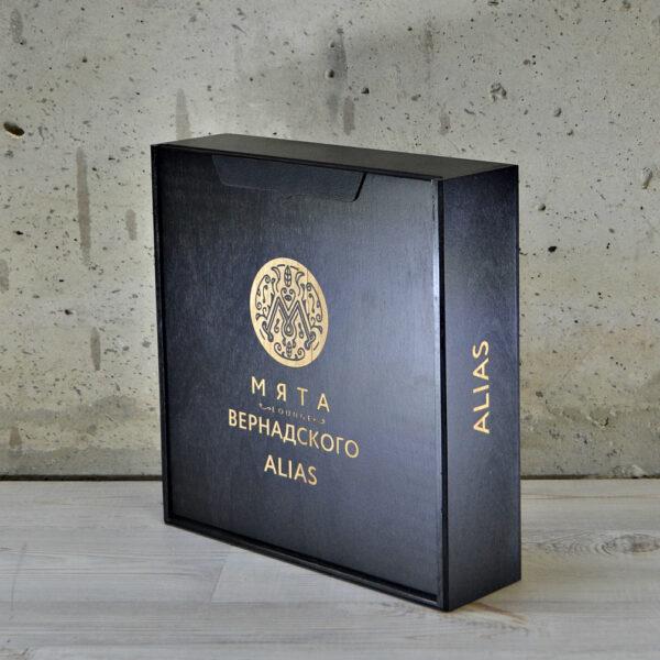 """Коробка для игры """"Alias"""" черная"""